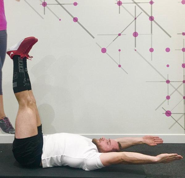 Crunch Chandelle 1 circuit training abdominaux